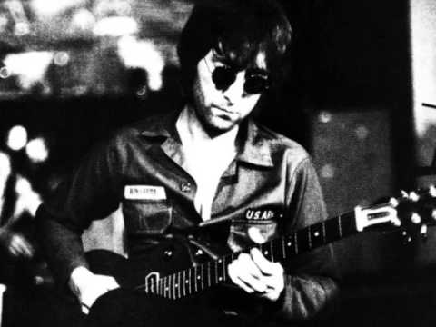 JohnLennon-soldier