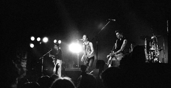 clash-1981Bonds