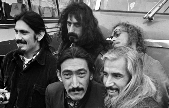 The Mothers of Invention, Engelse groep bij aankomst Schiphol *17 oktober 1968