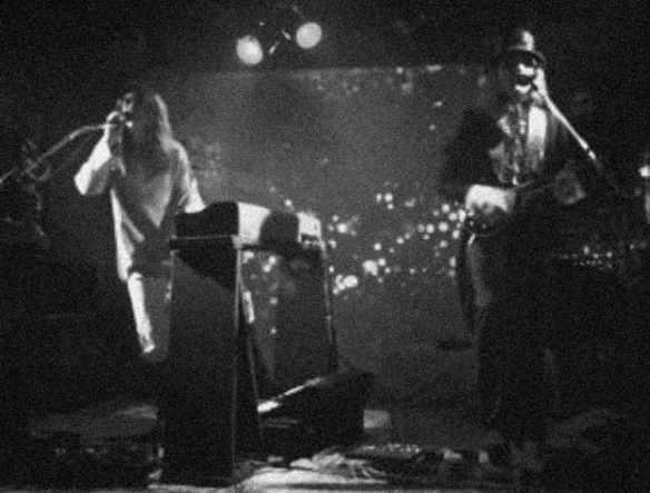 fm-1977