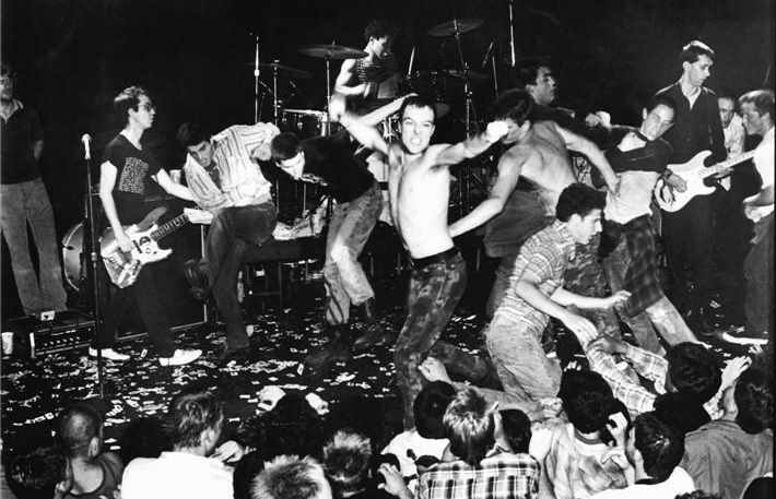 DeadKennedys-1981