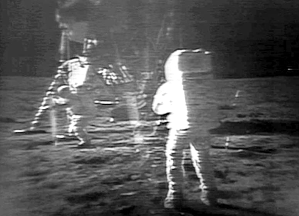 moonwalkApollo11