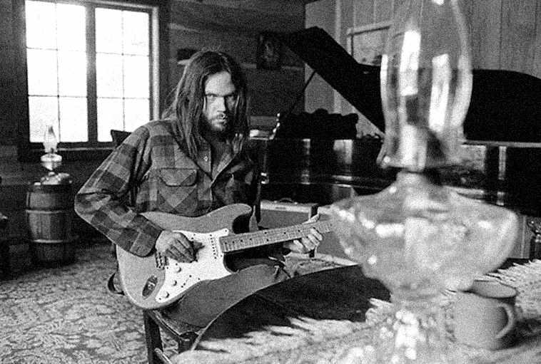 NeilYoung-1973-home