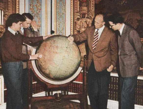 reS-01-globe