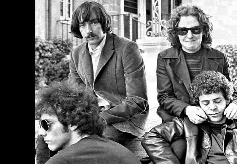 VelvetUnderground-1969-hangingOut