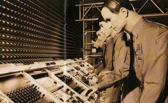 Kraftwerk-1980-computerWorld