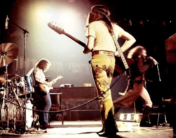 JethroTull-1970-liveCarnegie