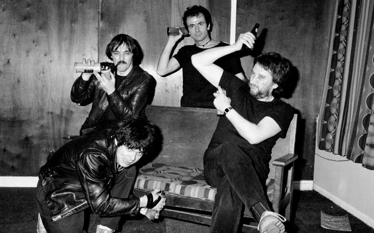 Stranglers-1978-posing