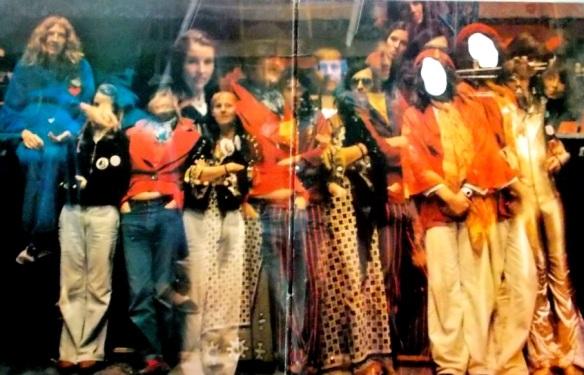 gong-1977-groupshot