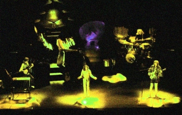 Yes-1975-live