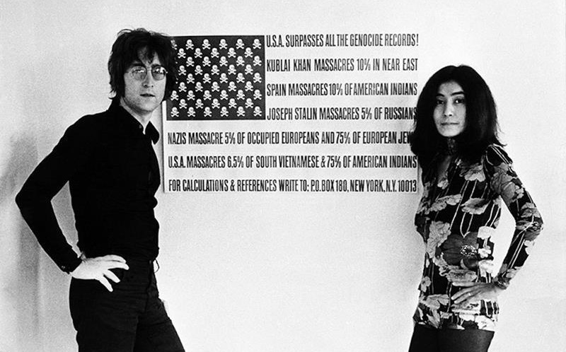 JohnLennonYokoOno-1972-genocideFlag
